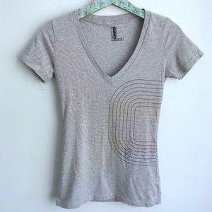 Burton T-shirt Fitted Gray Rainbow Lines Top G